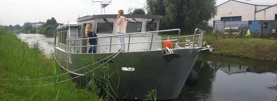 Yachten und Trawler, Luxus auf dem Wasser