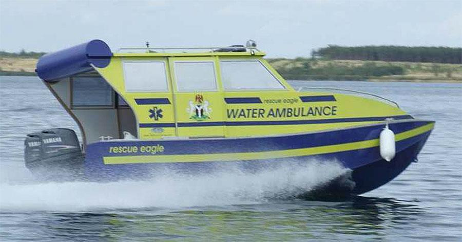 AMBULANCEBOAT CAB 700