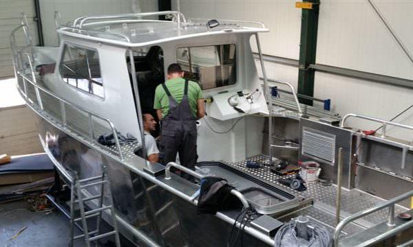 Alumninium Patrouillenboot 28