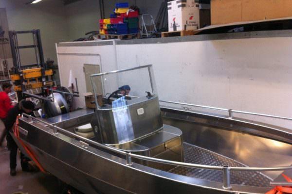 Aluminium Angelboot Coenen